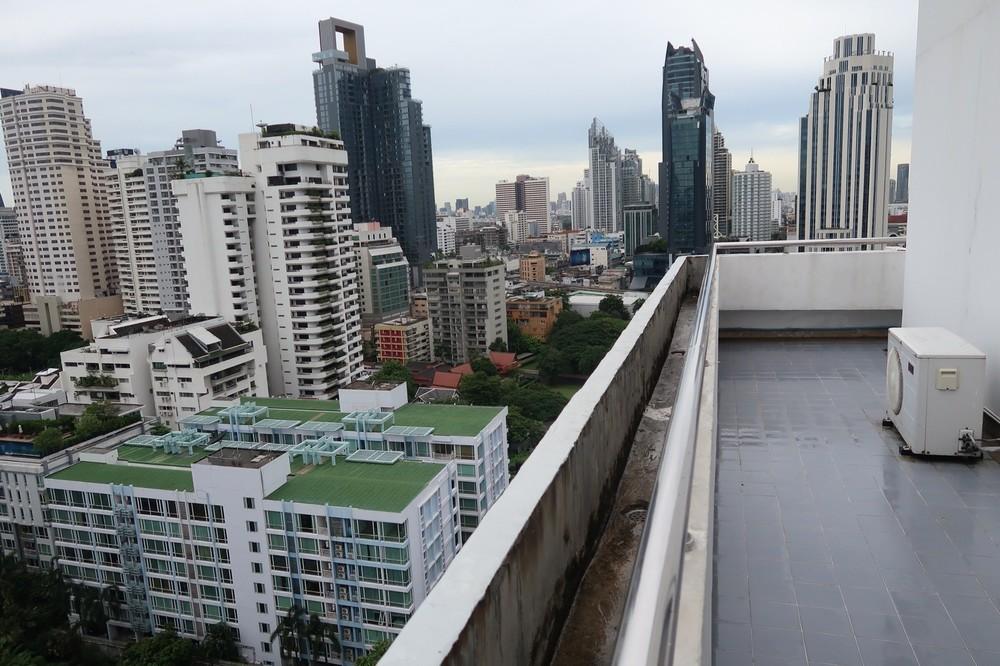 Sukhumvit Park - For Rent 3 Beds Condo Near BTS Nana, Bangkok, Thailand   Ref. TH-GZZRSUBG