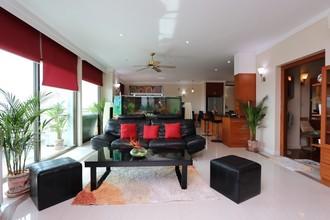Located in the same area - Riverside Condominium Chiang Mai
