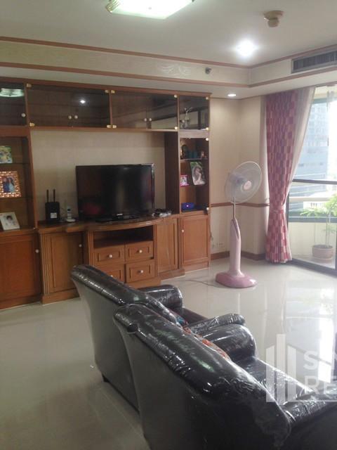 Las Colinas - For Rent 2 Beds Condo Near MRT Sukhumvit, Bangkok, Thailand | Ref. TH-SOEVTBHR