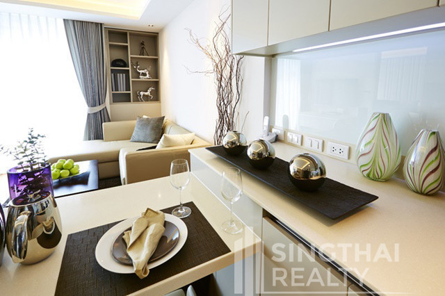 The Residence @61 - For Rent 1 Bed Condo in Watthana, Bangkok, Thailand | Ref. TH-MWTEGKHN