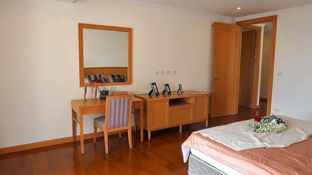 GM Height - For Rent 4 Beds Condo Near BTS Phrom Phong, Bangkok, Thailand   Ref. TH-WZKUSVIK