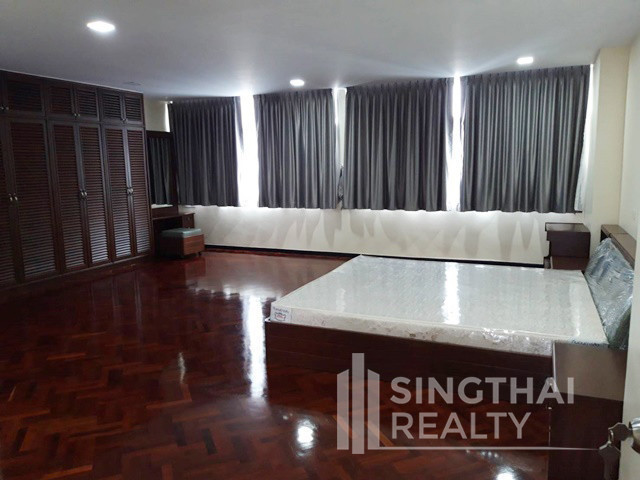 Grand Ville House 2 - В аренду: Кондо с 3 спальнями возле станции BTS Asok, Bangkok, Таиланд | Ref. TH-RPHKKDJG