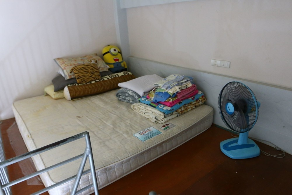 Spanish Place - For Sale 1 Bed Condo in Bang Lamung, Chonburi, Thailand | Ref. TH-RGVLLNSB