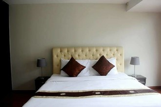 Located in the same area - The Capital Sukhumvit 30/1