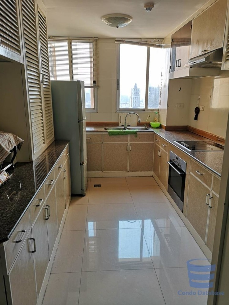 Tai Ping Towers - For Rent 4 Beds コンド in Watthana, Bangkok, Thailand | Ref. TH-FNBMHORJ