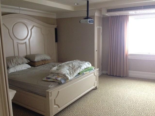 ยูโรเปี้ยน เซ็นทรัล เพลส - ขาย หรือ เช่า คอนโด 1 ห้องนอน ติด BTS อโศก | Ref. TH-RYBAYAMW