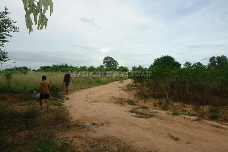 For Sale Land 2,000 sqwa in Bang Lamung, Chonburi, Thailand | Ref. TH-FXDDTOGC