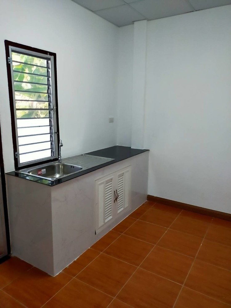 For Rent 2 Beds Townhouse in Mueang Phitsanulok, Phitsanulok, Thailand | Ref. TH-BUEGIECE