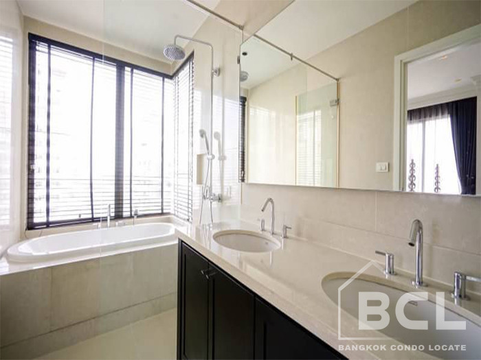 The Emporio Place - For Sale or Rent 3 Beds コンド in Watthana, Bangkok, Thailand | Ref. TH-LDUXFIJD