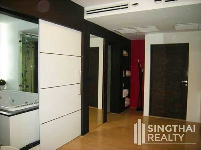 Las Colinas - For Sale 1 Bed Condo Near MRT Sukhumvit, Bangkok, Thailand | Ref. TH-OSQONCJC