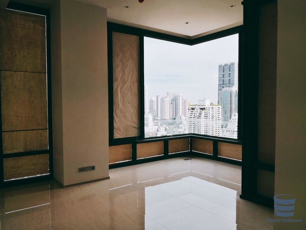 Ashton Silom - For Sale 2 Beds Condo Near BTS Chong Nonsi, Bangkok, Thailand | Ref. TH-HGKCIVBL
