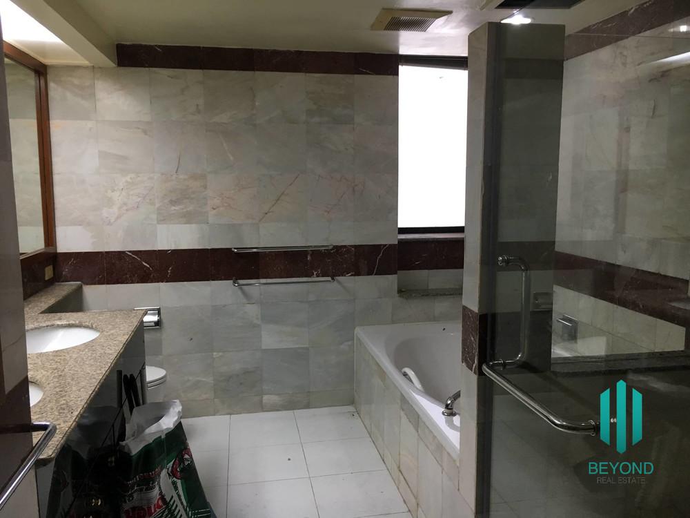 เพรสซิเด้นท์ พาร์ค สุขุมวิท 24 - ขาย คอนโด 3 ห้องนอน คลองเตย กรุงเทพฯ | Ref. TH-SLGPGMMZ