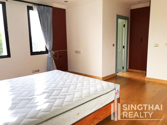 ครอส เคริก - ให้เช่า คอนโด 3 ห้องนอน วัฒนา กรุงเทพฯ | Ref. TH-PGPZNFVL
