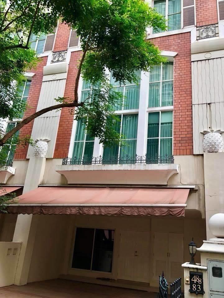 Baan Klangkrung - For Rent 4 Beds コンド in Watthana, Bangkok, Thailand | Ref. TH-ARTGGTYN