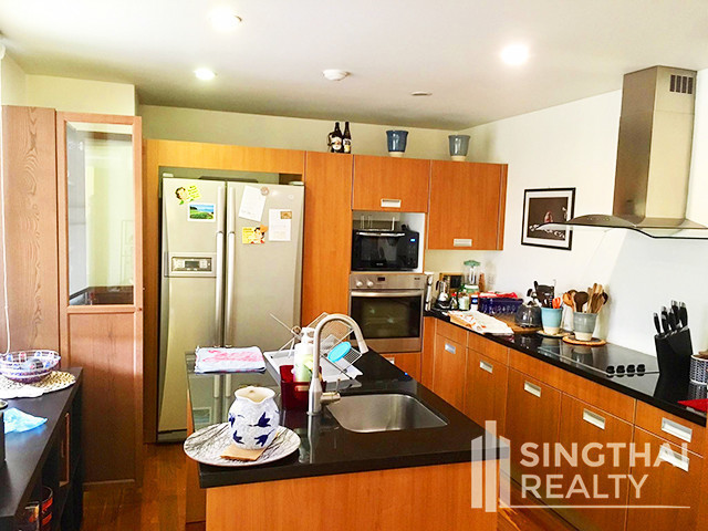 Silver Heritage - Продажа: Кондо с 2 спальнями возле станции BTS Thong Lo, Bangkok, Таиланд   Ref. TH-DLDLLGJV