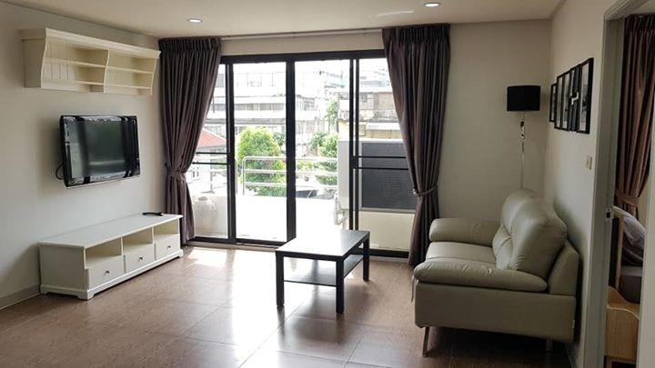 Sampoom Garden - For Rent 2 Beds Condo Near BTS Surasak, Bangkok, Thailand | Ref. TH-VHHVTGRP