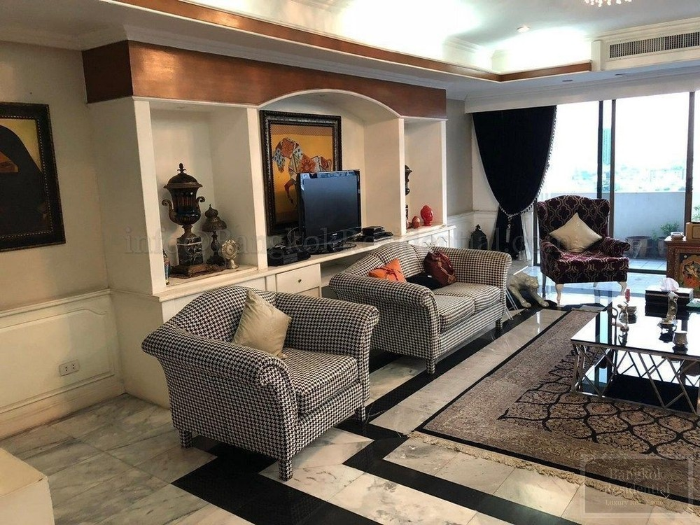 Oriental Towers - For Rent 4 Beds Condo in Watthana, Bangkok
