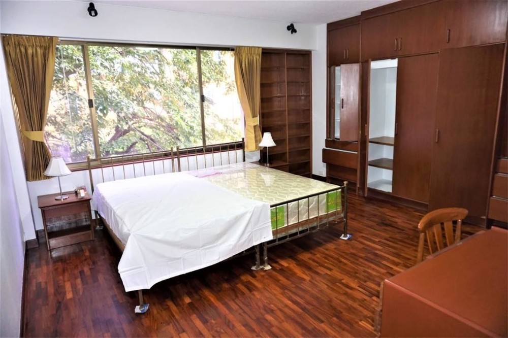 Baan Prida - For Rent 3 Beds Condo Near BTS Nana, Bangkok, Thailand | Ref. TH-KFWRGDSP