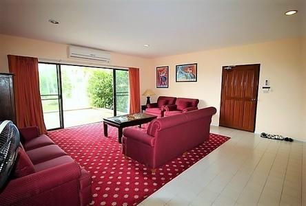 For Sale 3 Beds Condo in Hua Hin, Prachuap Khiri Khan, Thailand