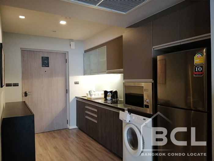 Oakwood Residence - For Rent Condo 53 sqm in Watthana, Bangkok, Thailand | Ref. TH-UQUMIAOX