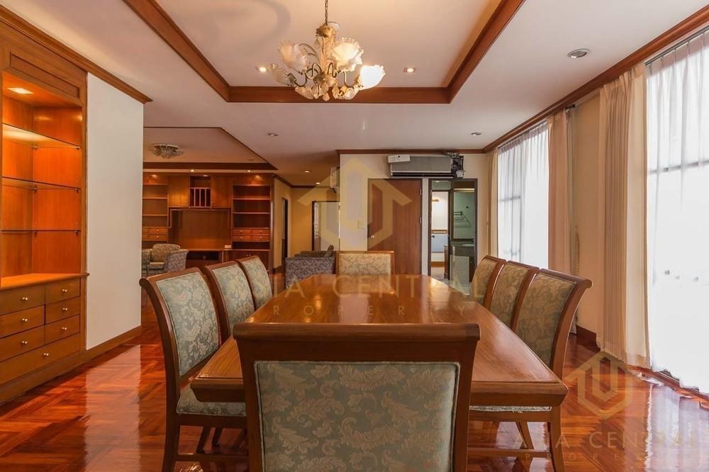 Sriratana Mansion 2 - For Rent 3 Beds Condo Near MRT Sukhumvit, Bangkok, Thailand | Ref. TH-KCQUHFZC