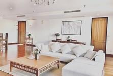 В аренду: Жилое здание 4 комнат в районе Sathon, Bangkok, Таиланд