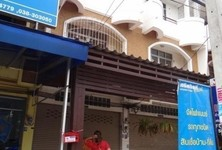 For Sale 3 Beds Shophouse in Bang Lamung, Chonburi, Thailand