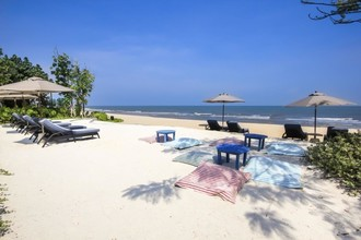 Located in the same area - blu CHA AM - HUA HIN
