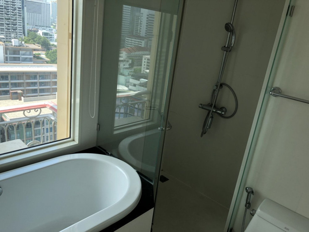 Royce Private Residences - For Sale or Rent 2 Beds コンド in Watthana, Bangkok, Thailand | Ref. TH-TMBWFJTA