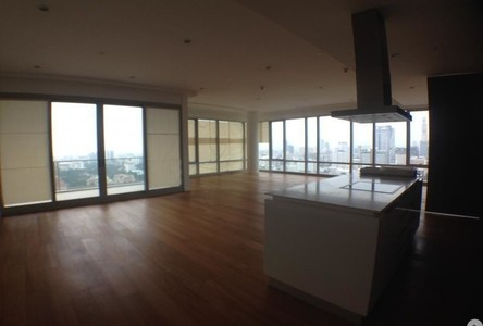 For Rent 4 Beds Condo Near BTS Ratchadamri, Bangkok, Thailand