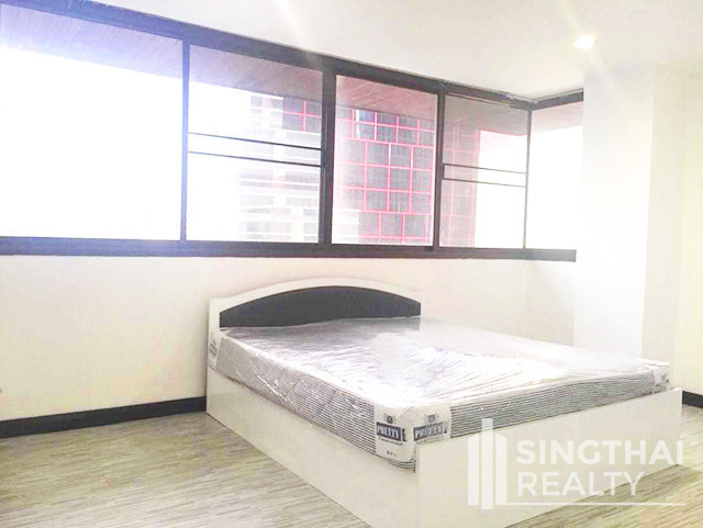 The Waterford Condominium - For Rent 3 Beds コンド in Watthana, Bangkok, Thailand | Ref. TH-YYBOQHJB