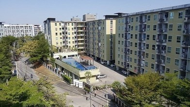 Located in the same area - Regent Home 7 Sukhumvit