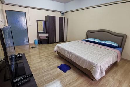 В аренду: Кондо 30 кв.м. возле станции BTS Udom Suk, Bangkok, Таиланд