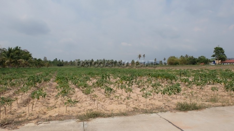 For Sale Land 1,842 sqwa in Bang Lamung, Chonburi, Thailand | Ref. TH-ZLRSFHYW