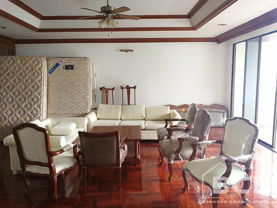 Charan Tower - В аренду: Кондо с 3 спальнями возле станции BTS Phrom Phong, Bangkok, Таиланд | Ref. TH-HLCLWTLT