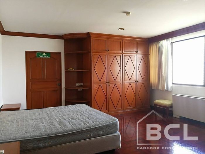 Charan Tower - For Rent 3 Beds コンド Near BTS Phrom Phong, Bangkok, Thailand | Ref. TH-OAOTOXZE