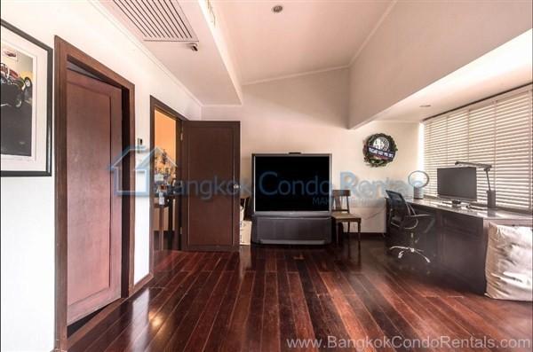For Sale 6 Beds 一戸建て in Khlong Toei, Bangkok, Thailand | Ref. TH-DMKQPZUZ