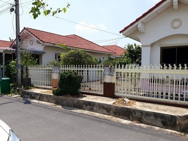 For Sale 2 Beds House in Bang Pa-in, Phra Nakhon Si Ayutthaya, Thailand | Ref. TH-GFLHYNDX