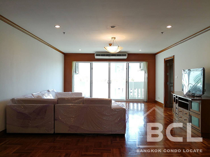 G.M. Tower - For Rent 4 Beds Condo in Watthana, Bangkok, Thailand | Ref. TH-YEZSAGYU