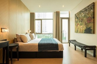 Located in the same area - The Room Charoenkrung 30