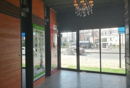 Продажа или аренда: Готовый бизнес 217.82 кв.м. в районе Bang Lamung, Chonburi, Таиланд