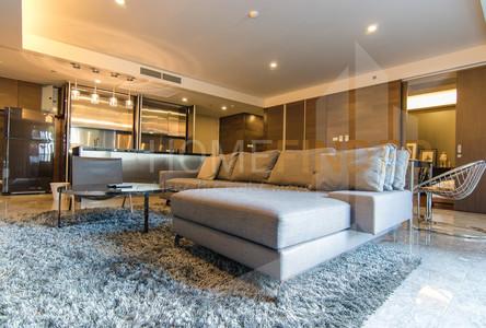 For Rent 3 Beds Condo Near BTS Sanam Pao, Bangkok, Thailand