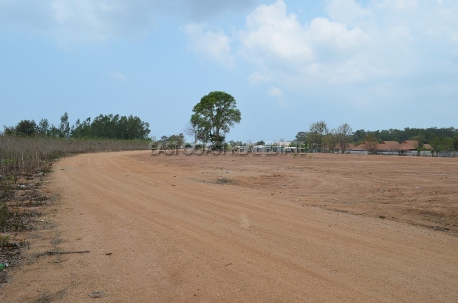 For Sale Land 800 sqwa in Bang Lamung, Chonburi, Thailand | Ref. TH-CBVQJQGO