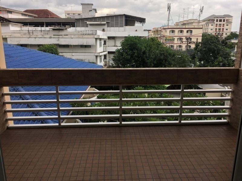 Fragrant 71 - For Sale 3 Beds Condo in Watthana, Bangkok, Thailand | Ref. TH-XNHAHHNR