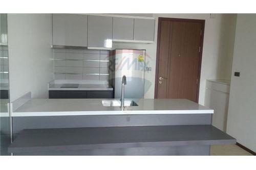 WYNE Sukhumvit - For Sale 1 Bed Condo Near BTS Phra Khanong, Bangkok, Thailand | Ref. TH-VSQXVLKD