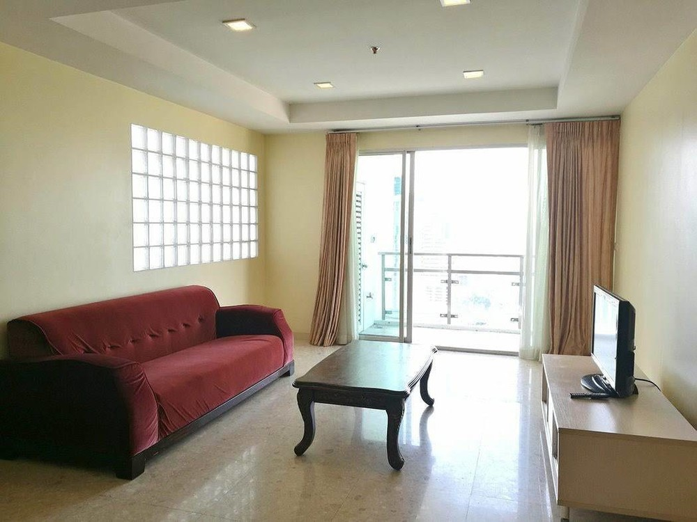 Nusasiri Grand - For Rent 2 Beds Condo Near BTS Ekkamai, Bangkok, Thailand   Ref. TH-PLKTQFPK