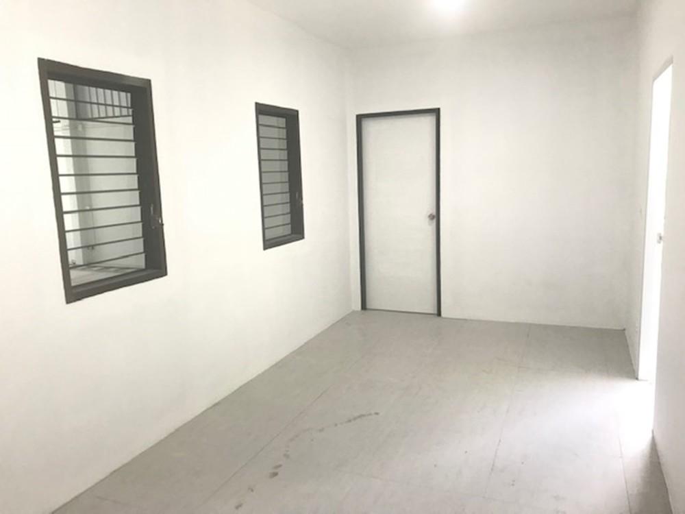 Продажа: Склад 160 кв.м. в районе Bang Lamung, Chonburi, Таиланд | Ref. TH-QUXYEJRE