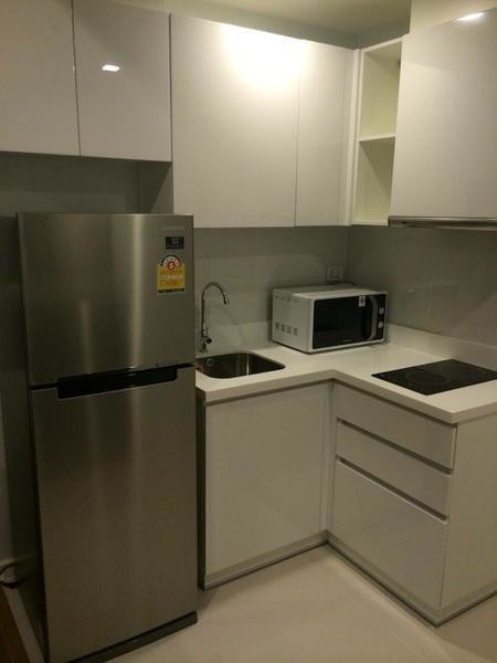 Condolette Ize Ratchathewi - For Sale or Rent 1 Bed Condo Near BTS Ratchathewi, Bangkok, Thailand | Ref. TH-XCPYJWLT
