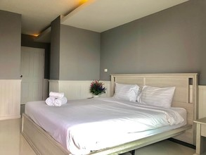 Located in the same building - The Waterford Sukhumvit 50