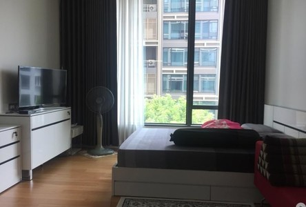 For Sale or Rent Condo 37 sqm in Pathum Wan, Bangkok, Thailand